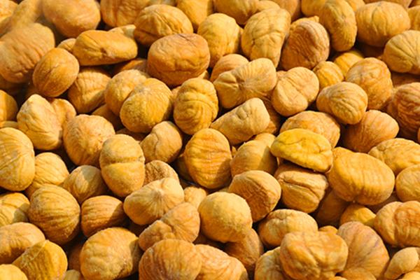 Frozen peeled roasted chestnut